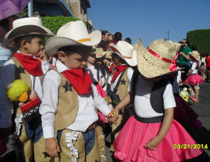 Desfile, 8