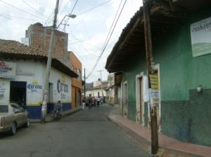 construcciones-antiguas-en-vistosa-calle-de-penjamillo